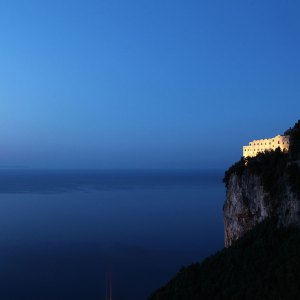 Monastero Santa Rosa. Amalfi - esterno -thestylelovers.com