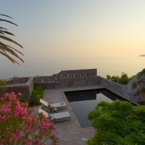 Montenegro Aman Sveti Stefan suite private pool and view - The Style Lovers