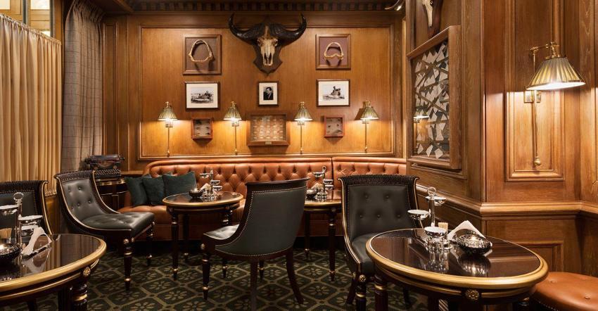 Ritz Paris - Hemingway bar - The Style Lovers