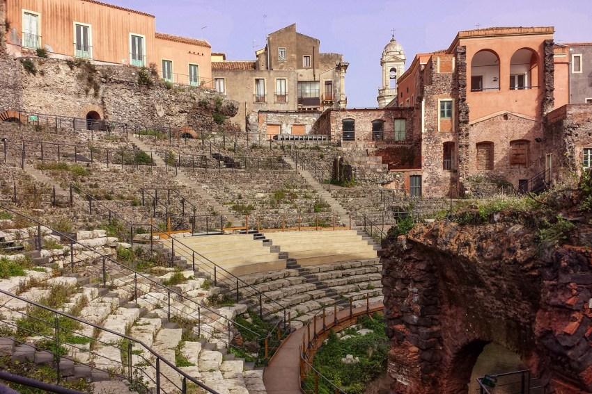 sicilia-etna-catania-visitare-teatroromano-thestylelovers.com