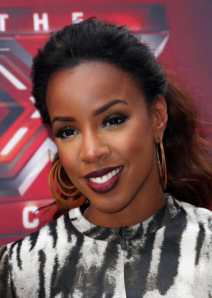 https://i1.wp.com/thestylenewsnetwork.com/wp-content/uploads/2013/07/Kelly-Rowland-With-Gorgeous-Ombre-Ponytail-4.jpg