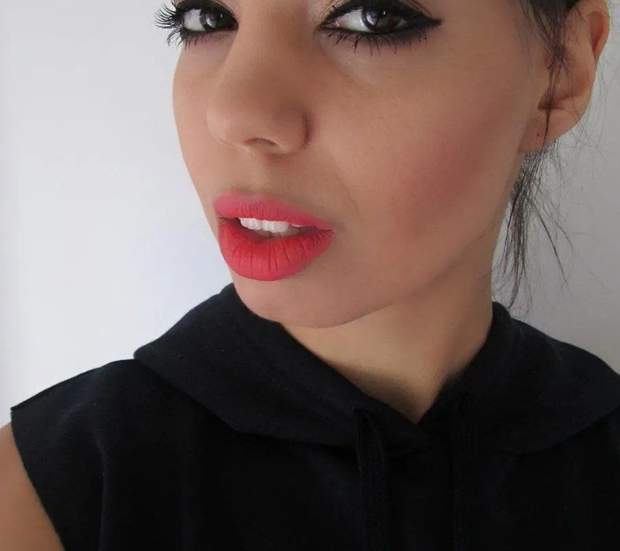 Makeup look: Sultry eyes and lips part 1