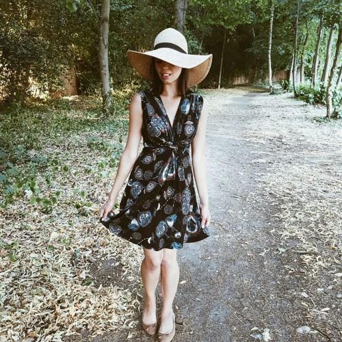dress classy in summer