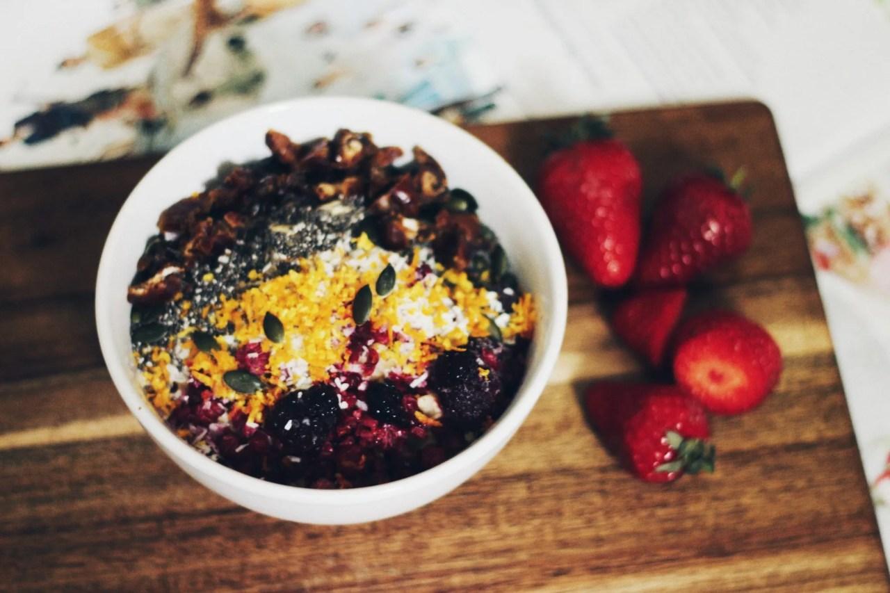 Healthy Breakfast Oats - The Style of Laura Jane