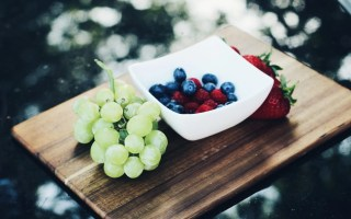 Sugar alternatives - fruit platter - The Style of Laura Jane