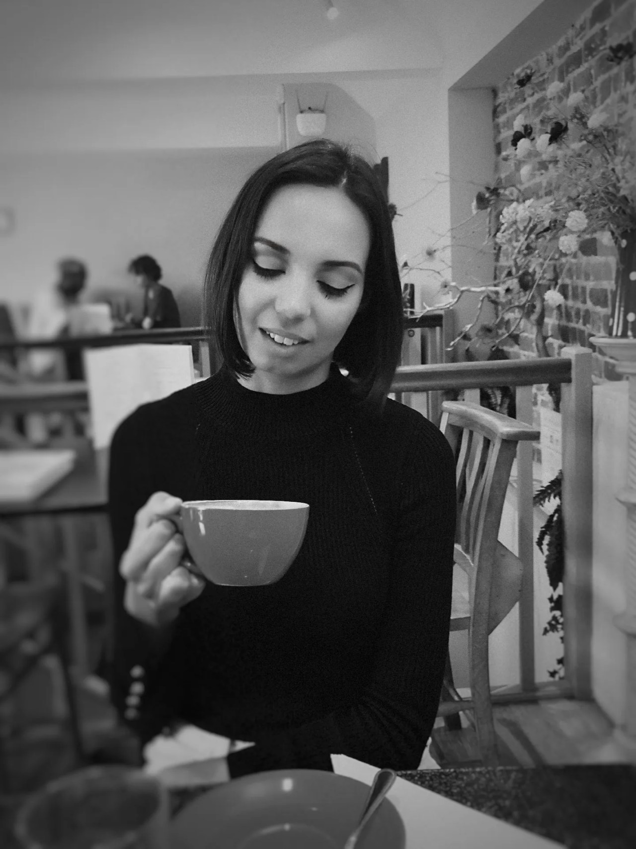 millennials and lattes - coffee in Surrey - UK lifestyle blog - The Style of Laura Jane