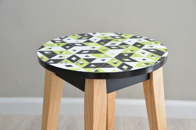 DIY faux marble print side table // thestylesafari.com