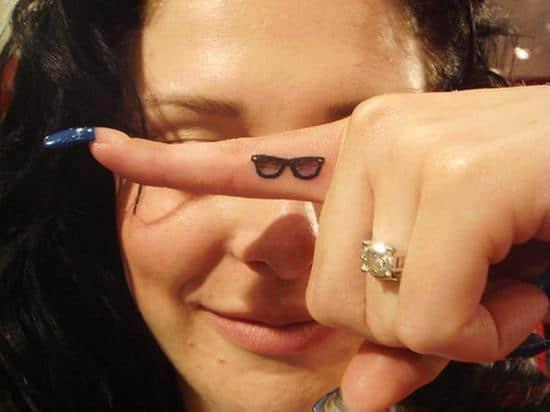 6-Ray-Ban-sunglasses-tattoo1