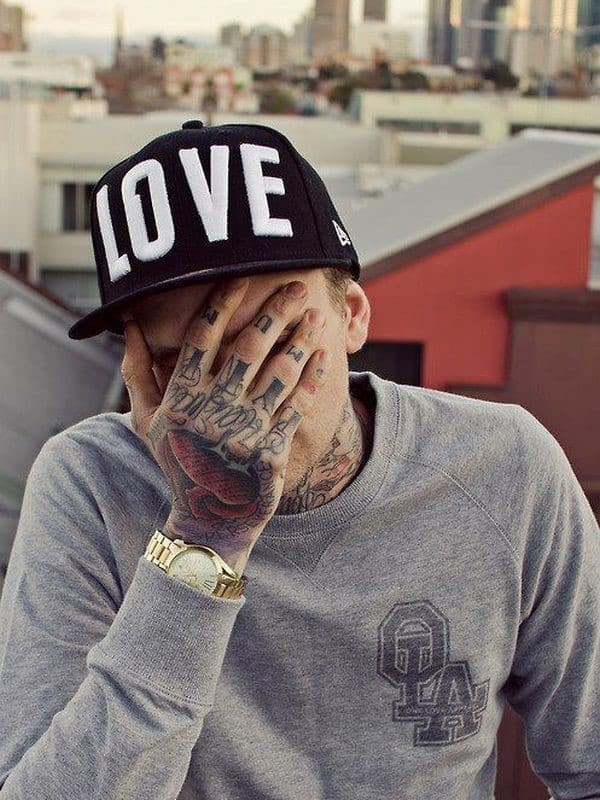hand-Tattoo-10