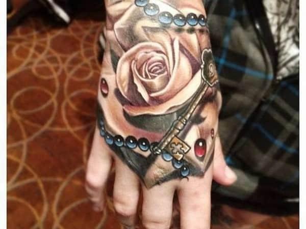 hand-Tattoo-31-650x488