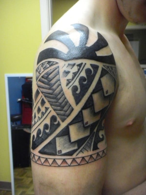 Tribal-Sleeve-Tattoos-Designs-6