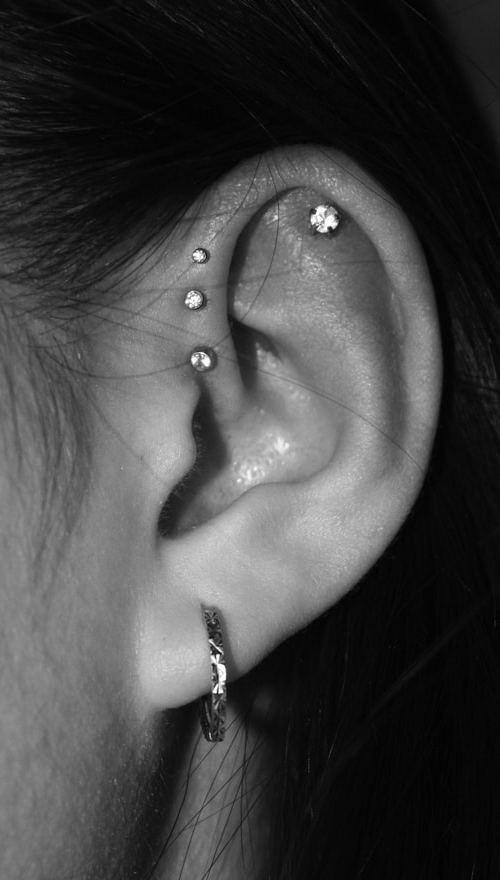 jewelled-helix-piercing