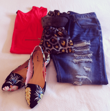 Simple Singlet & Boyfriend Jean with Floral Print Shoe and Animal Print Scarf. Colourful Mixing!