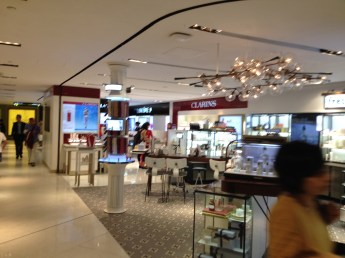 Interesting open store concept in mall. No walls...