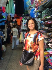 Brought Sheli to Jardine's bazaar- ladies clothes lanes, today was a browsing day.