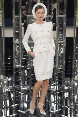 Model: Josephine Le Tutor