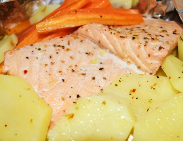 Steamed Salmon and Veggies