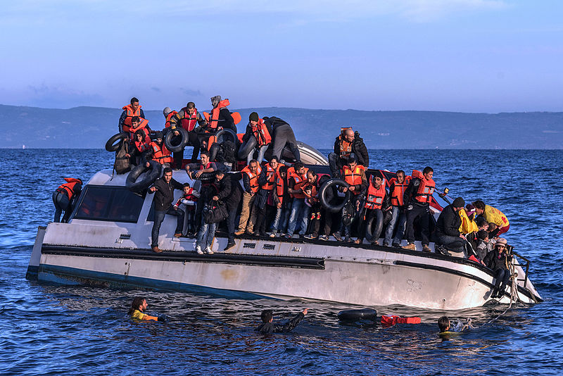 https://i1.wp.com/thesubmarine.it/wp-content/uploads/2016/11/20151030_Syrians_and_Iraq_refugees_arrive_at_Skala_Sykamias_Lesvos_Greece_1.jpg?fit=800%2C534&ssl=1