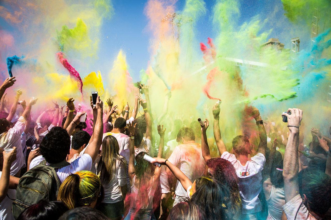In tutto il mondo si fanno festival tranne che in Italia