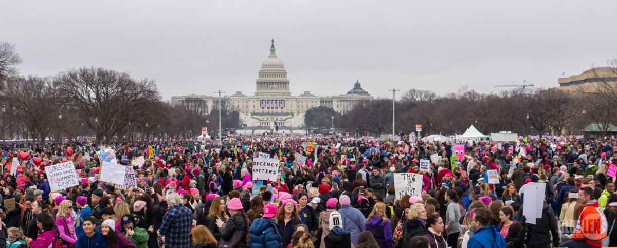 https://i1.wp.com/thesubmarine.it/wp-content/uploads/2017/03/Trump-WomensMarch_2017-top-1510075_32409710246.jpg?fit=1200%2C483&ssl=1