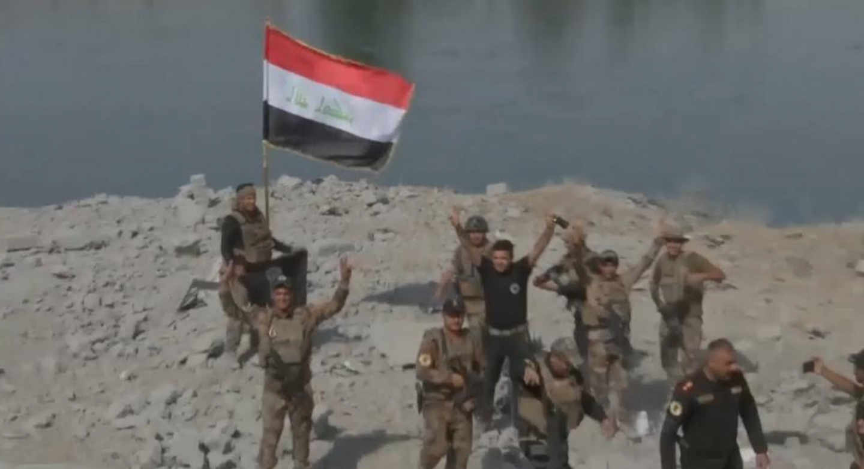 <em>Hello World!</em> <br />Mosul libera