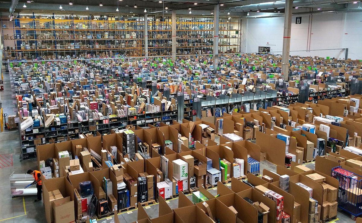 https://i1.wp.com/thesubmarine.it/wp-content/uploads/2017/11/1200px-Amazon_España_por_dentro_San_Fernando_de_Henares-1.jpg?fit=1200%2C742&ssl=1