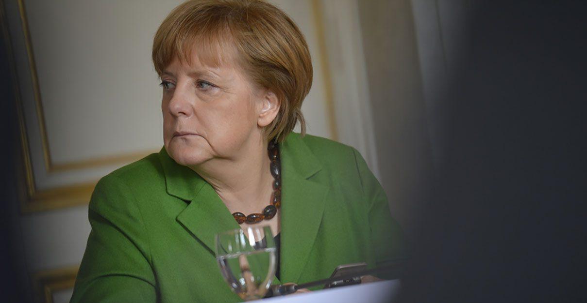 <em>Hello, World!</em><br /> I dolori della giovane Merkel
