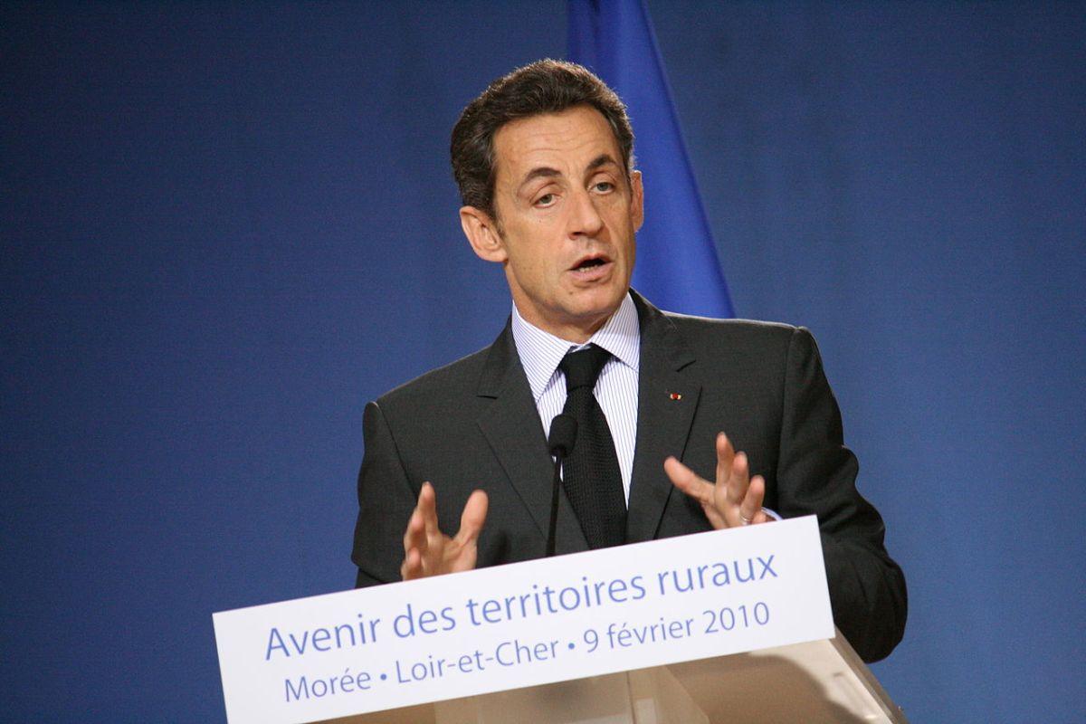 https://i1.wp.com/thesubmarine.it/wp-content/uploads/2018/03/1280px-Nicolas_Sarkozy_2010.jpg?fit=1200%2C800&ssl=1