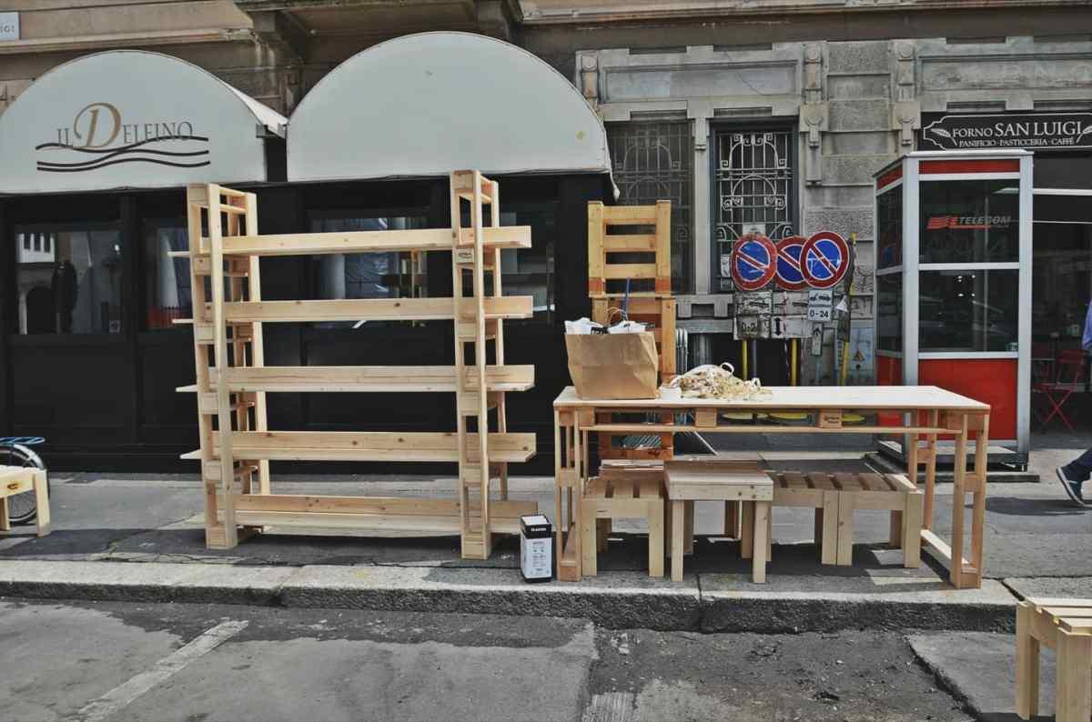 I parklet installati a Corvetto durante la sperimentazione, foto di Marta Clinco