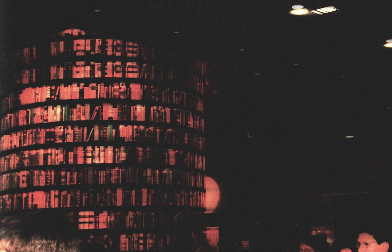 Cosa ne facciamo di questa storia del Salone del Libro e degli editori neofascisti