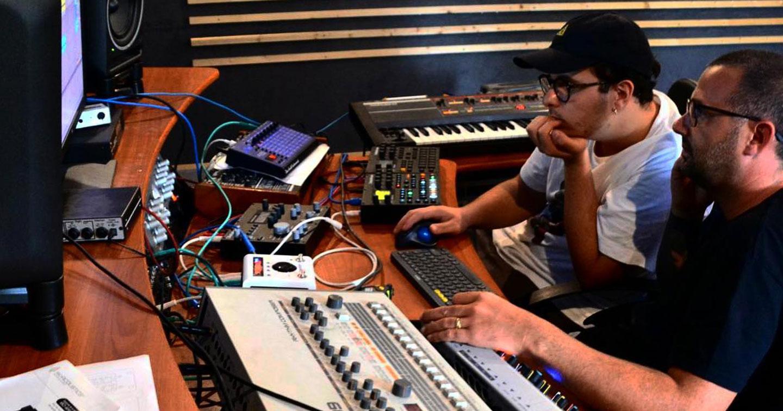 Siamo stati a <em>24/h Records</em> per capire come si fa a realizzare una traccia techno in 24 ore