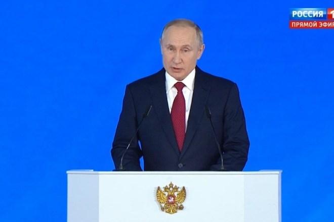 Il gioco delle parti al Cremlino