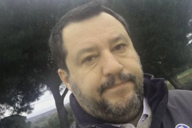 Salvini colleziona indagini per sequestro di persona