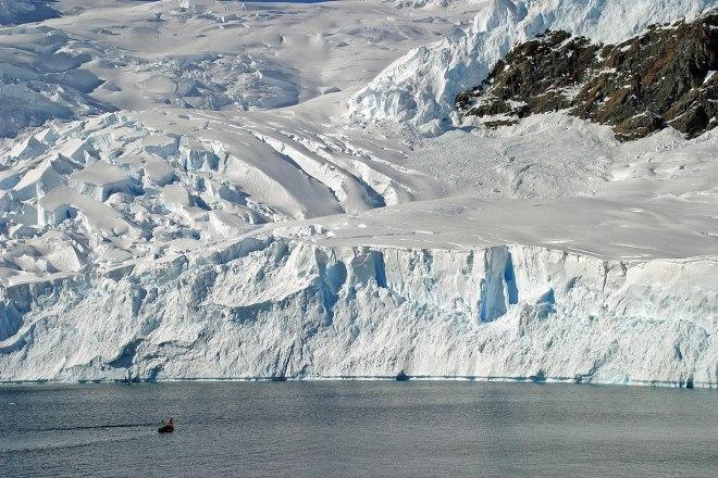 L'isolamento crea nuovi accenti, in Italia come in Antartide