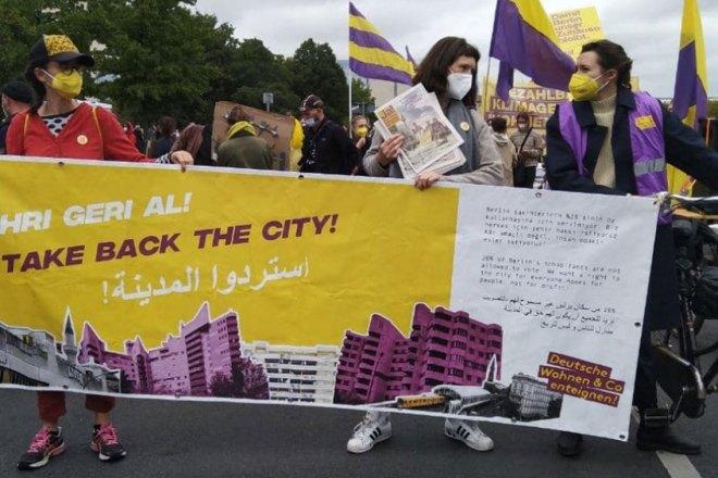A Berlino ha vinto il referendum sugli espropri: è lotta per il futuro delle città