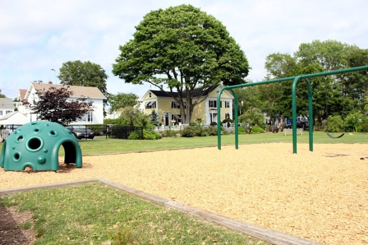 5 Great Playgrounds Near Groton