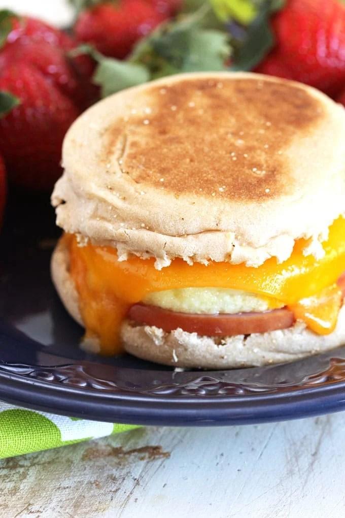 Make Ahead Freezer Breakfast Sandwiches   TheSuburbanSoapbox.com
