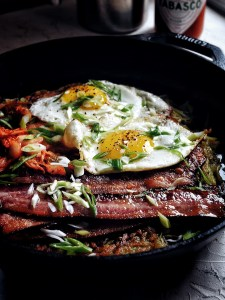 bacon and eggs in cast iron skillet