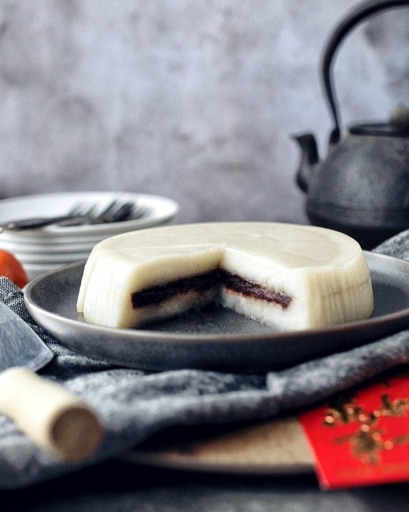 chinese new year cake with red bean filling