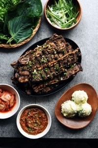platter of LA Galbi with Korean banchan