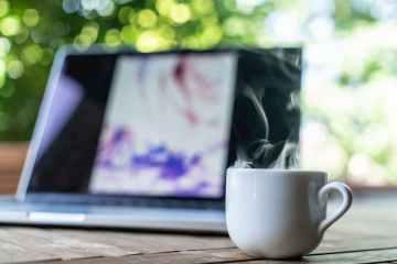 10 δημιουργικοί τρόποι ν'αξιοποιήσετε την παραμονή σας σπίτι