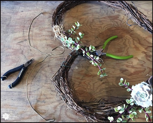 add a hanger to your grapevine heart wreath