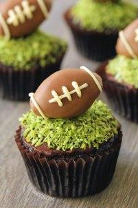 chocolate football cupcakes via texanerin