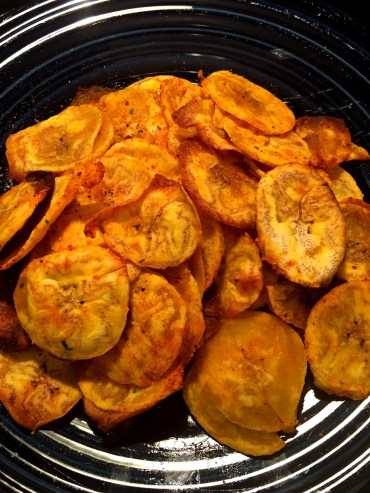 baked-plaintain-chips-plate-via-the-sugarapple