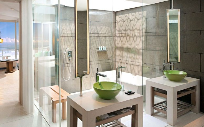 Spectacular-Ocean-Facing-Retreat---bathroom