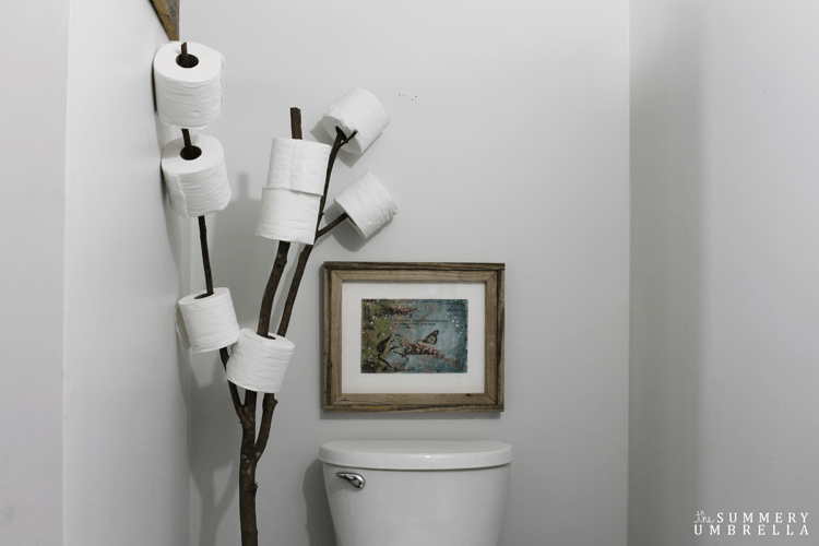Have you been looking for a rustic bathroom branch toilet paper holder that is not only functional, but also SUPER EASY as well? Then stop on by super plum!