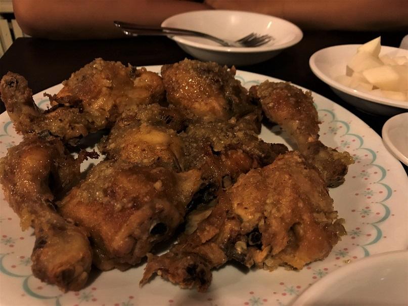 Bampo-Garlic-Chicken-Top-5-Eats-in-South-Korea