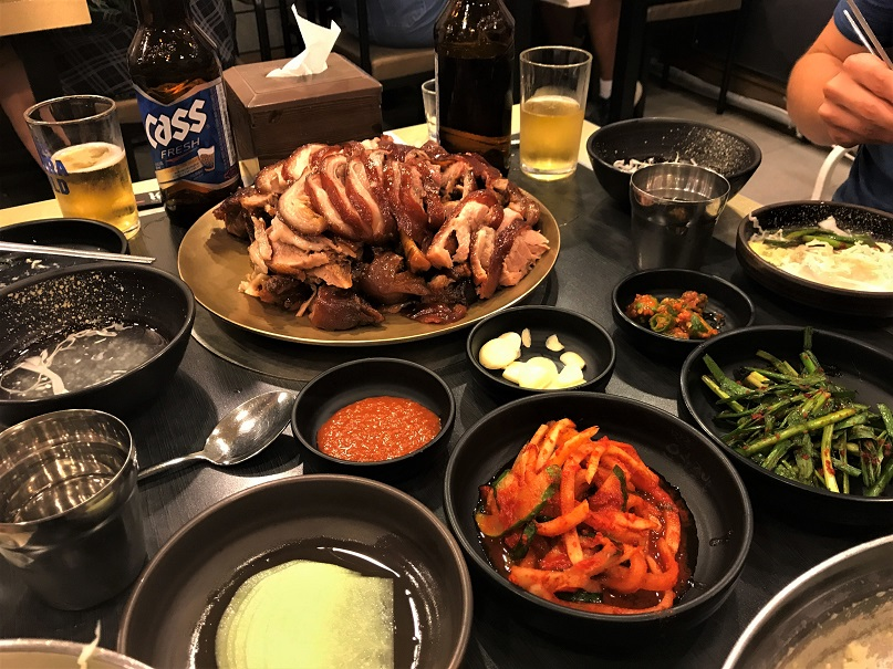 Jokbal-Top-5-Eats-in-South-Korea