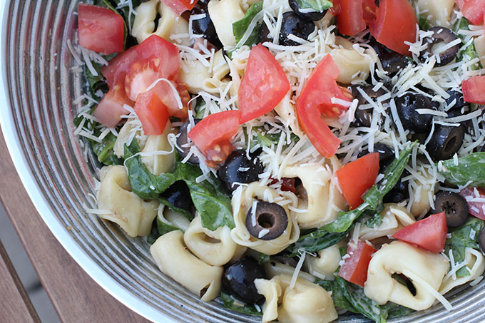 spinach-salad-with-tortellini