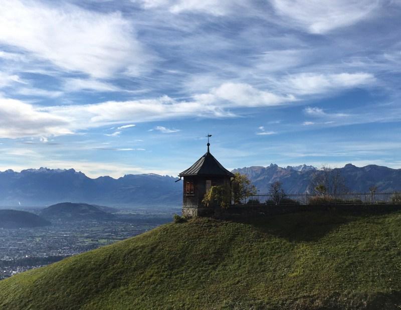 Viktorsberg, Ausblick aufs Rheintal, rundweg Viktorsberg, wandern mit kindern, famiilienwanderung